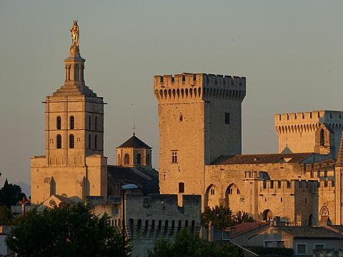 avignon france palais des papes